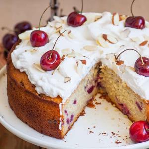 روش تهیه کیک گیلاس؛ شاه میوه خوشمزه �صل بهار