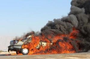 برخورد سواری پژو با تیر برق در کرمانشاه جان ۲ نفر را گرفت