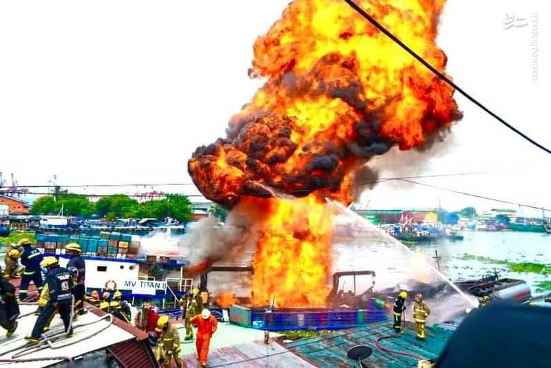 آتش سوزی کشتی باری در فیلیپین