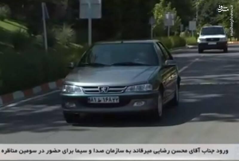 خودرو محسن رضایی هنگام ورود به صدا و سیما