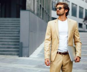 پیراهن و کفش مناسب برای ست کردن با کت شلوار کرم
