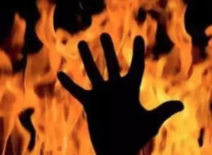 آتش زدن شوهر به دلیل توهم توطئه!