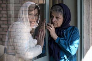 اکران فیلم «آبجی» با حضور گلاب آدینه، مهدی سلطانی و نرگس آبیار