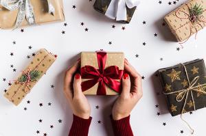 ترفند کادو کردن هدیه بدون نوار چسب
