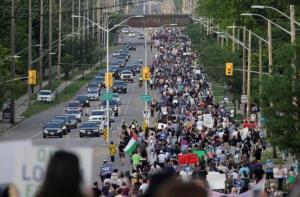 ترور یک خانواده مسلمان در کانادا؛ هزاران نفر به خیابانها آمدند