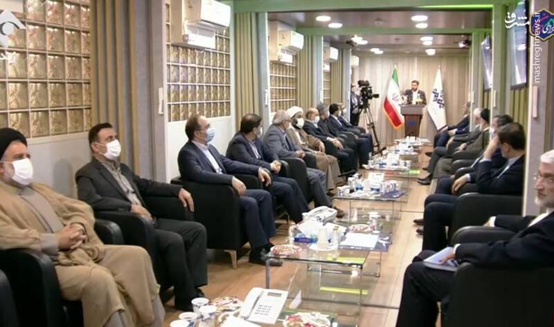تصویری از اتاق هفت نامزد انتخابات قبل از مناظره