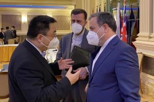 گفتوگوی عراقچی با روسای هیاتهای مذاکره کننده روسیه و چین در مذاکرات وین