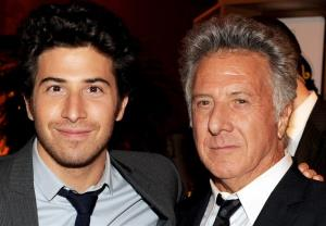 داستین هافمن و پسرش نقش یک پدر و پسر عاشق را بازی میکنند