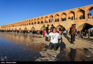 شهردار اصفهان: جاری شدن زایندهرود مطالبه مردم است