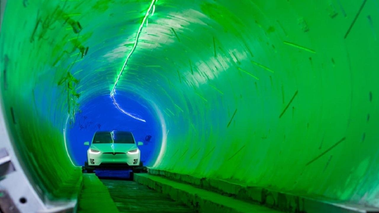 جابهجایی اولین مسافران با سیستم فوق سریع زیرزمینی بورینگ