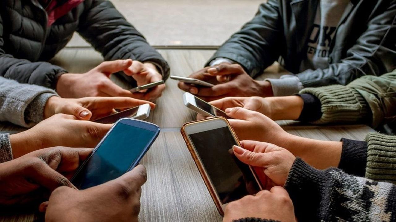 بلاهایی که اعتیاد به تلفن همراه به بار میآورد