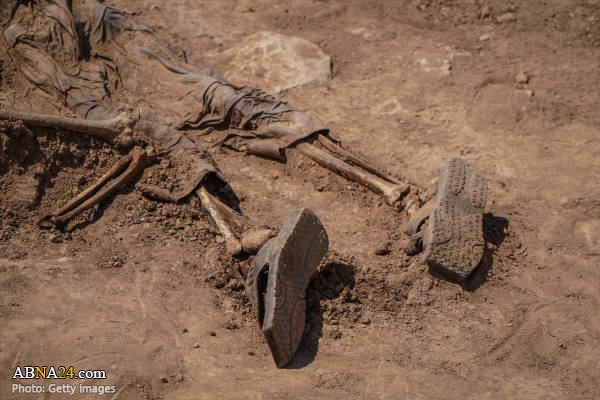 عکس/ جنایت هولناک داعش در نینوا؛ کشف گور دسته جمعی شیعیان!