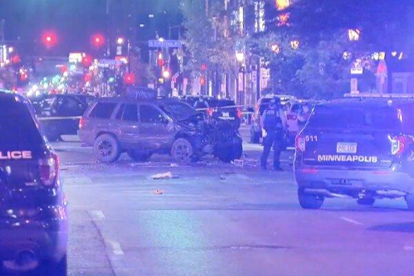حمله خودرویی به اعتراضات ضدنژادپرستی در آمریکا