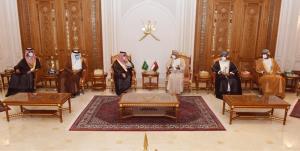 وزیر خارجه عربستان پیام ملک سلمان را به سلطان هیثم داد