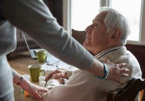 کارهایی که سالمندان نباید انجام دهند