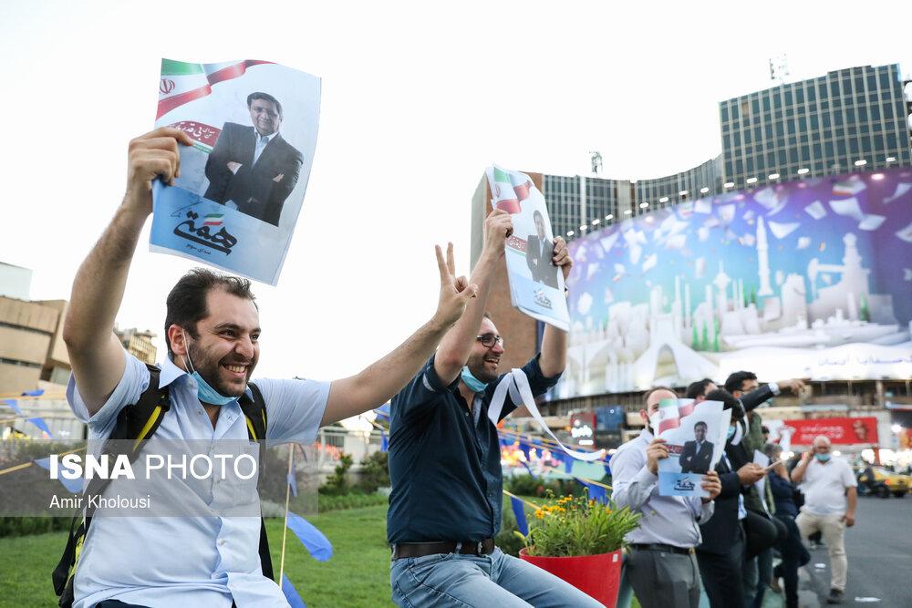 عکس/ تجمع حامیان همتی در میدان ولیعصر تهران