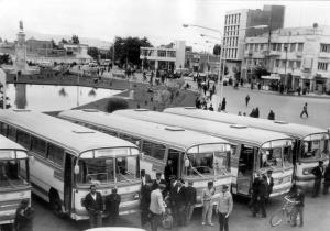 تقویم تاریخ/ به دنبال اعتصاب وسائط نقلیه شهری نرخ اتوبوس و سواری افزایش یافت