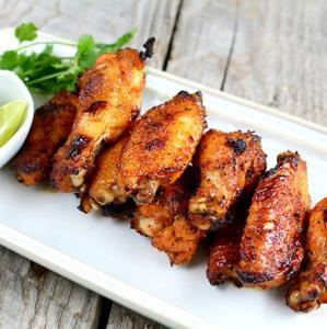 طرز تهیه بال مرغ کبابی تند و تیز، خوش طعم
