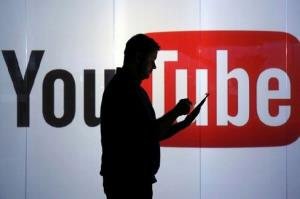 تبلیغات سیاسی و قمار از بالای صفحه یوتیوب حذف شد