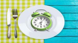 خوراکیهای مفیدی که مصرف آنها در زمان نامناسب مضر است