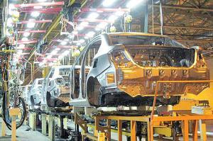 چگونه میتوانیم به تکنولوژی بین المللی در صنعت خودرو دست پیدا کنیم؟