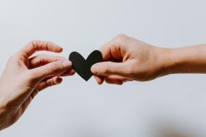 مهارت زندگی/ 7 ویژگی در مردان که آن ها را به همسری ایده آل تبدیل می کند