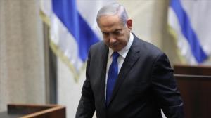 نتانیاهو منزل نخستوزیر را ترک نکند کارش به دادگاه میکشد!