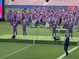 رسمی؛ رونمایی از پیراهن جدید بارسلونا