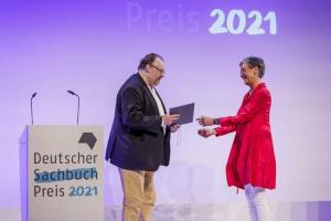 اعلام برترینهای جایزه تازهتاسیس کتاب مستند آلمان