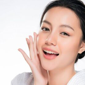 رازِ زنان کرهای؛ مراقبت از پوست با یخ