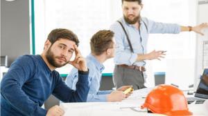 شیوه برخورد با افرادی که مدام در محیط کار ابراز وجود میکنند