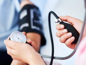 درمان فشارخون بالا با عصبکشی کلیه