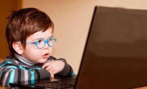 آثار مخرب ویدئوهای وایرال شده از کودکان!
