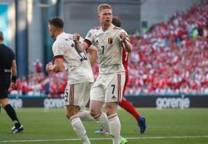 بلژیک با دیبروینه بازی باخته را برد و صعود کرد/ کار دانمارک سخت شد