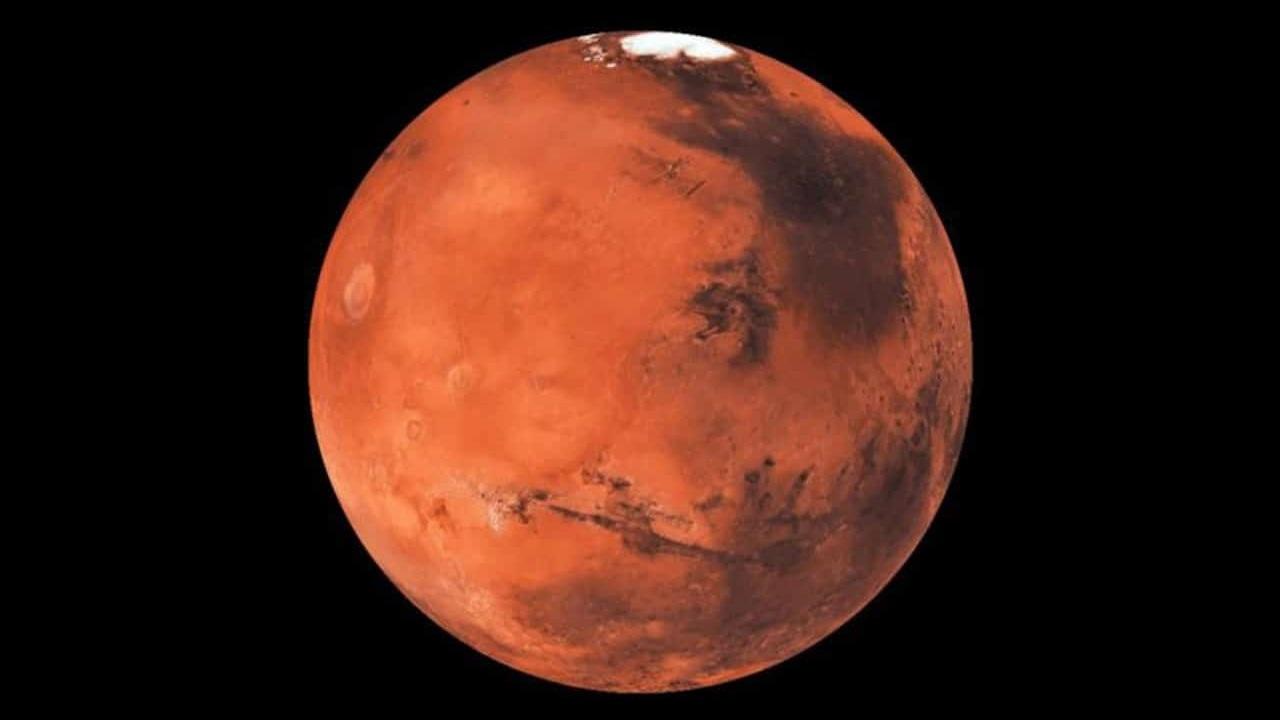 دیده شدن چهرهای مرموز در سطح سیاره سرخ