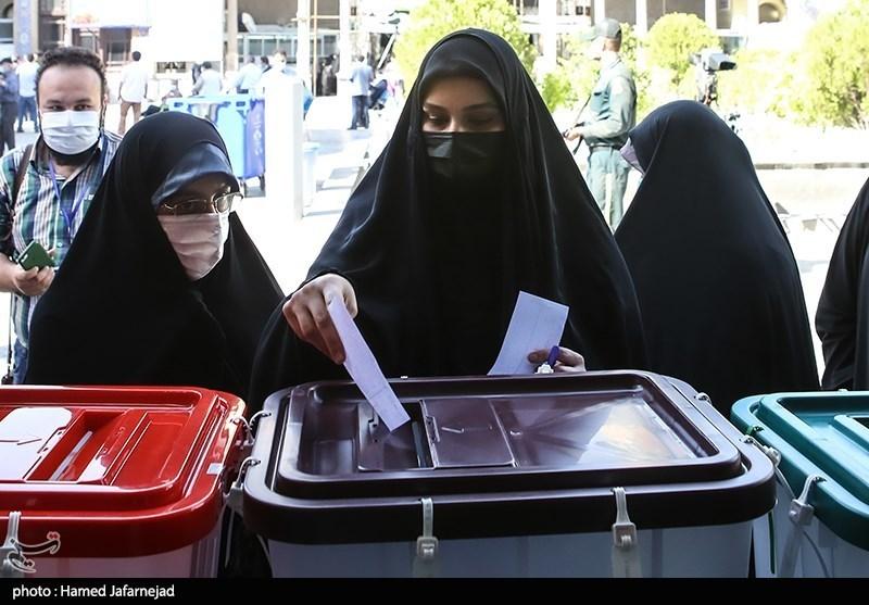عکس/ لحظه رای دادن نرجس سلیمانی
