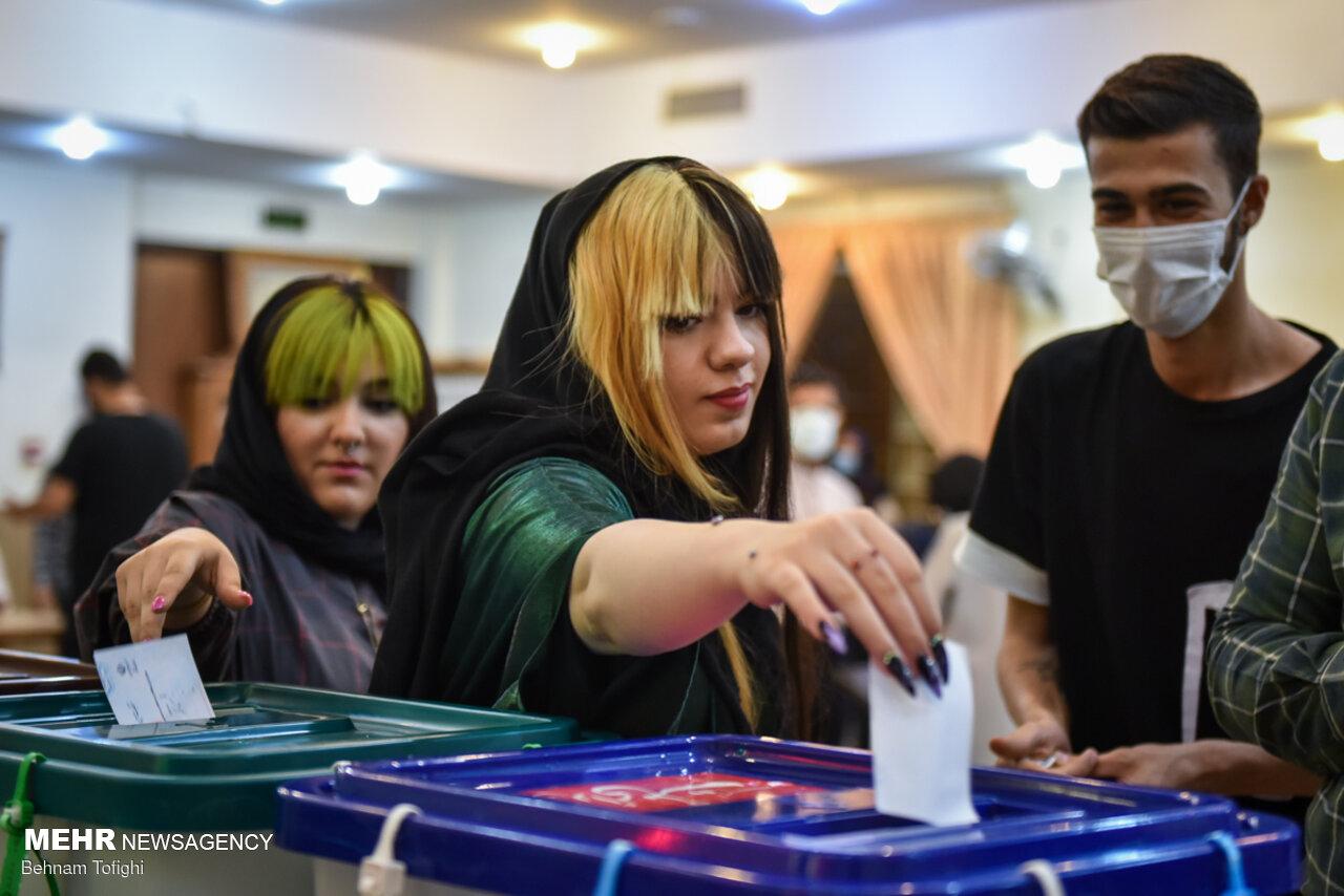 عکس/ از محله ولنجک تهران در انتخابات چه خبر؟