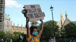 نامههای نژادپرستانه برای اقلیتهای ساکن انگلیس: به کشورتان برگردید!