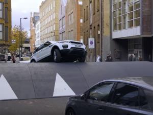 خودروهایی که مقابل رنجروور هیچ حرفی برای گفتن نداشتند