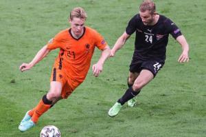 برابری بازیکن هلندی با رکورد زیدان، فیگو و رونالدو