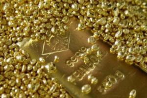 ادامه ریزش قیمت طلا در هفته جاری