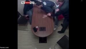 سرقت حرفهای سلاح پلیس هنگام بازجویی!