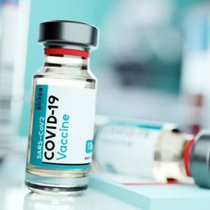 فردا یک میلیون دُز دیگر واکسن کرونا وارد میشود
