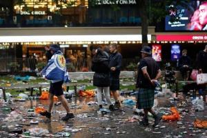 جشن و پایکوبی اسکاتلندیها در لندن و دستگیری 30 هوادار!
