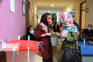 مدارس شعب اخذ رأی کردستان روز شنبه تعطیل است
