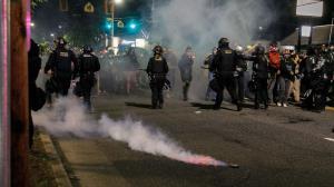تشدید سرکوب معترضان در آمریکا قانونی شد