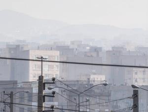 کیفیت هوای ۳ شهر مرکزی در شرایط اضطرار است