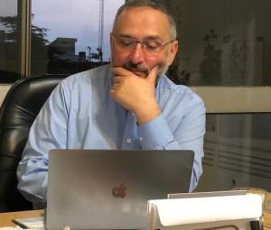 ابطحی خطاب به رئیسی: برای خودمان جنبه شکست و برای شما جنبه پیروزی داشتن را آرزو میکنم