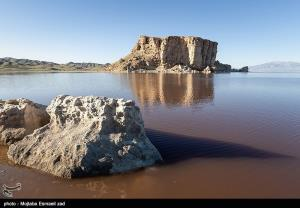 وسعت دریاچه ارومیه ۱۴۵ کیلومترمربع کاهش یافت