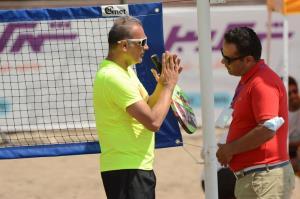 مسنترین تنیسور مسابقات ساحلی کشور: منطقه آزاد انزلی ظرفیت بالایی برای میزبانیهای بینالمللی را دارد